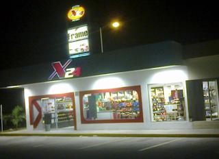 """Asaltan tienda """"X24"""" de la avenida Ruiz Cortines en Xalapa Veracruz"""