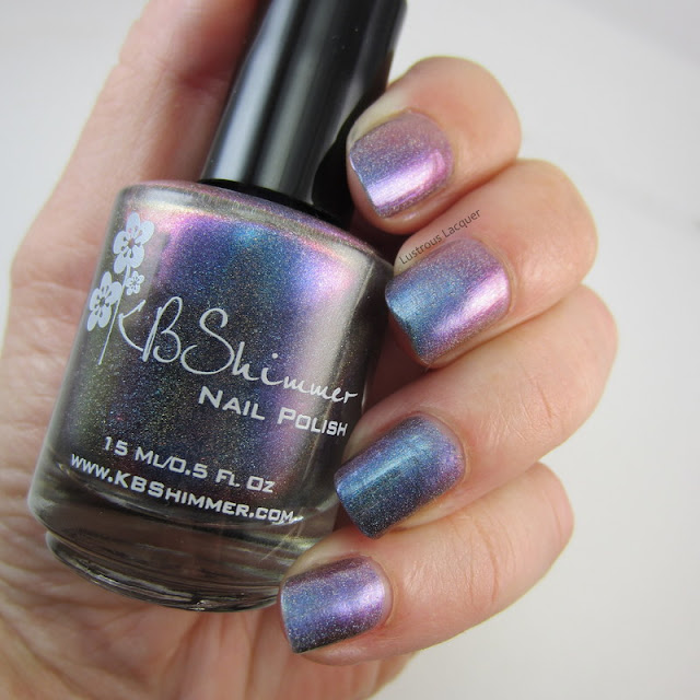 Mulit-Chrome-Linear-Holographic-Nail-Polish