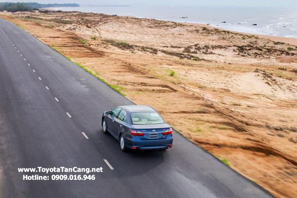 Chế độ lái S cho cảm giác lái phấn khích hơn so với chế độ D, giúp người lái bớt nhàm chán trong hành trình dài
