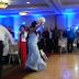 Το απόλυτο fail σε γαμήλια δεξίωση: Ο γαμπρός «γκρέμισε» τη νύφη (video)