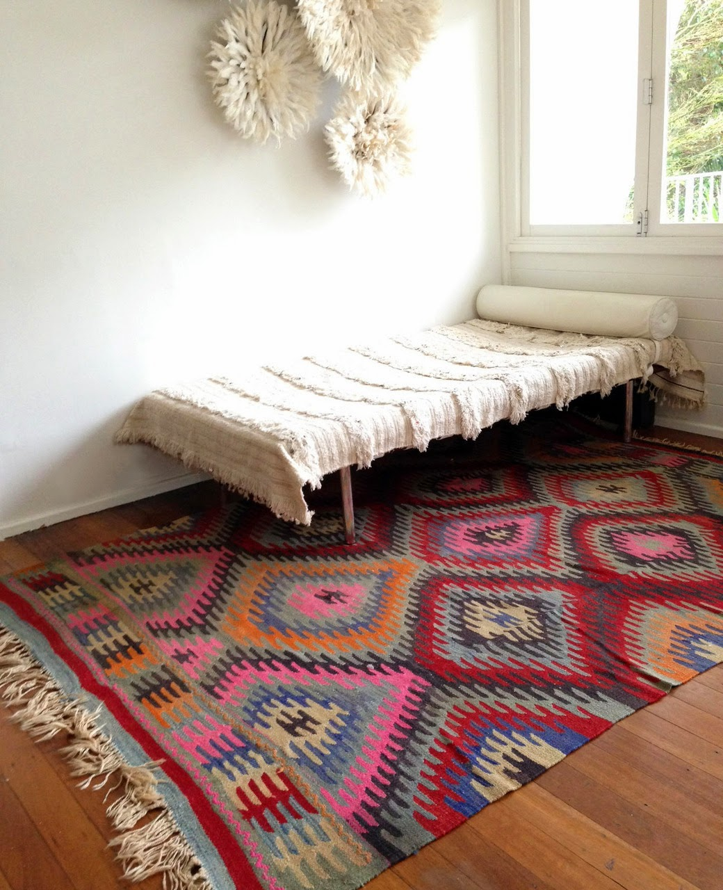 What Makes Turkish Rugs Great How You Can Read The Design Of A Turkish Rug: Going Coastal