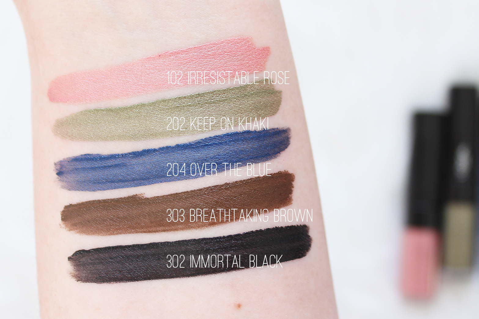 L'OREAL PARIS | New Eye Paints - Review + Swatches - CassandraMyee