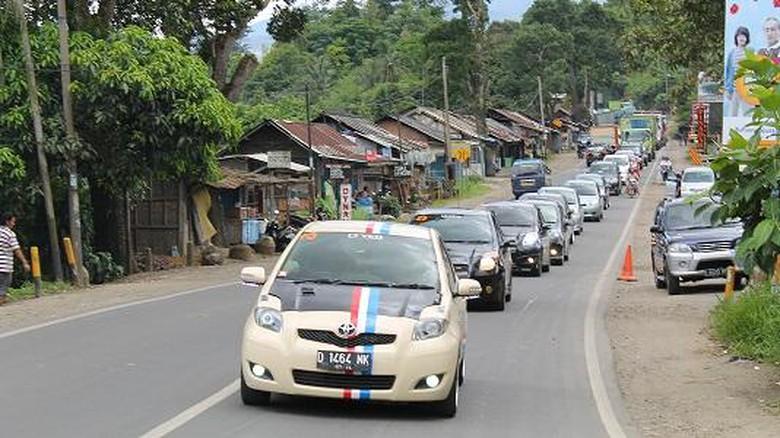 Rayakan 17 Agustus, 15 Unit Toyota Yaris Akan Jelajah 3 Negara Lewat Pontianak