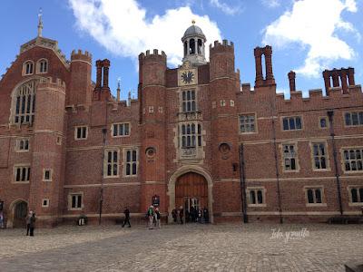 Fachada Hampton Court