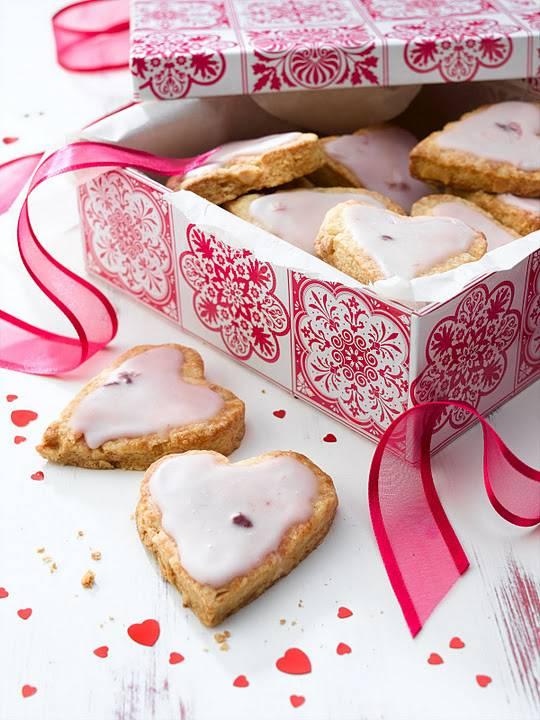 Almond Cookies With Cherry Yogurt Icing: Valentine Day.