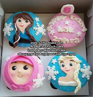 Frozen Cupcake Fondant 2D Hadiah Ulang Tahun