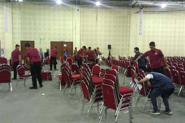 Acara Jokowi Sepi, Ferdinand: Mestinya Kapitra Kerahkan Massa Biar Presiden Gak Malu Begini