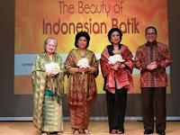 Indosat GelarThe Beauty of Indonesian Batik 2016