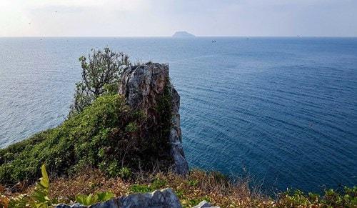 Đảo Hòn Chuối trước ngày chuyển gió -10
