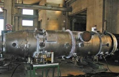 Salah satu jenis evaporator yang banyak digunakan.