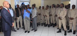 visite surprise de Michel Martelly au CIMO, Police nationale d'Haïti.