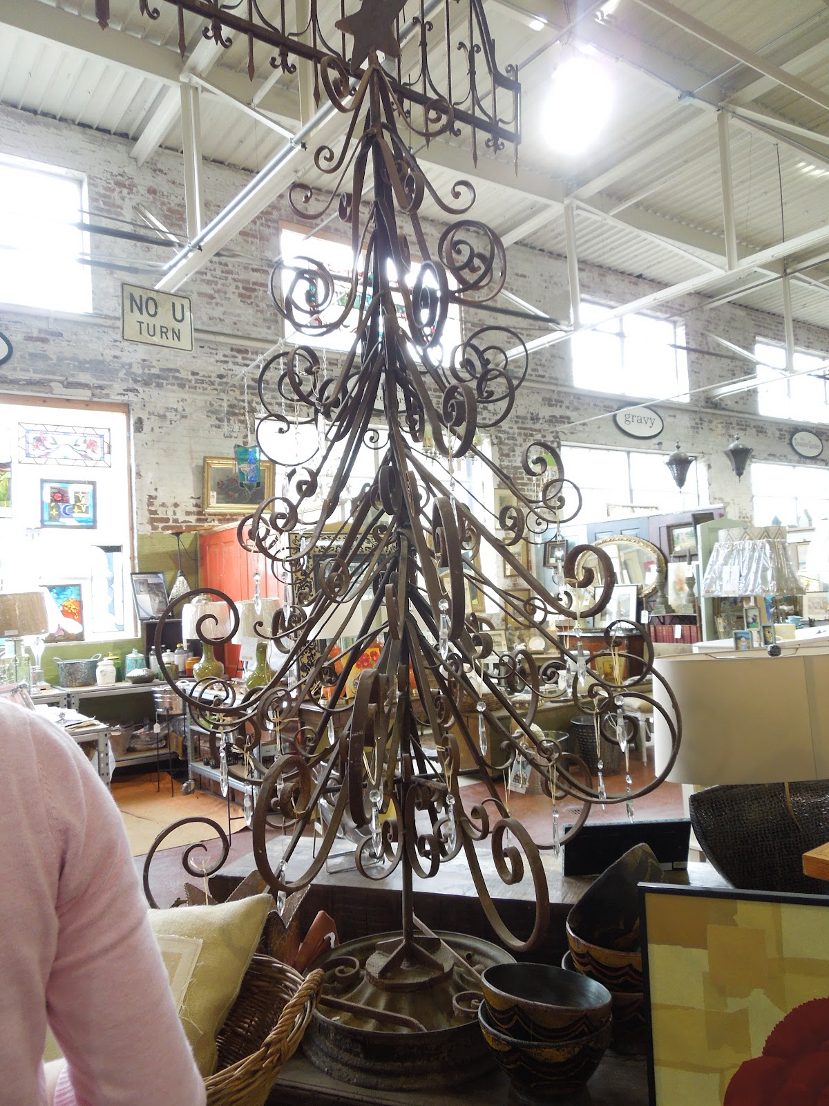 Darling Daly Design Black Dog Salvage Treasures