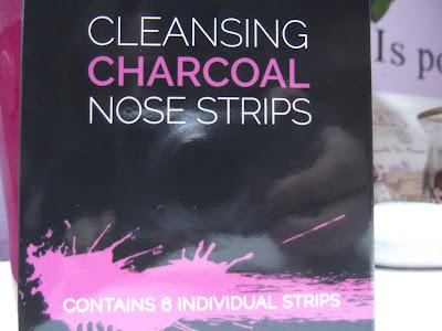 náplasti na nos s čiernym uhlím