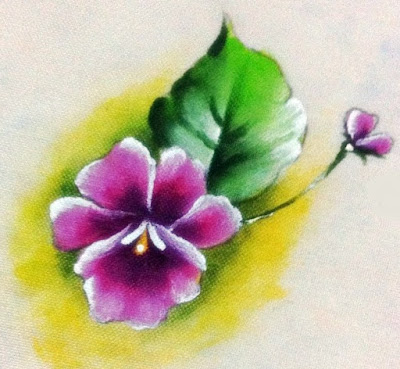 como pintar violeta em tecido