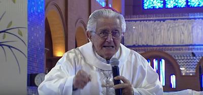 Bispo católico faz pregação petista, contra o capitalismo e Temer, no Dia da Pátria em Aparecida