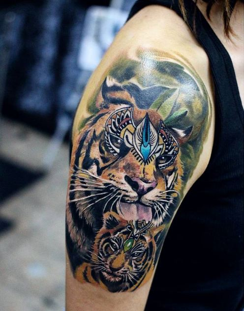 50 incredible half sleeve tattoos for men and women 2018 tattoosboygirl. Black Bedroom Furniture Sets. Home Design Ideas