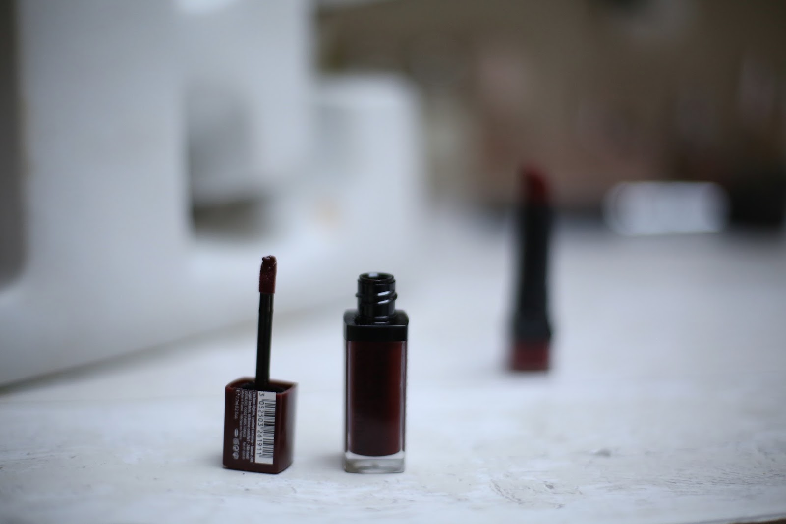 Bourjois Rouge Edition 12 hours 46 Burgund'it