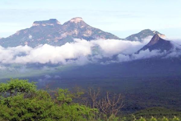 Gunung Tambusisi