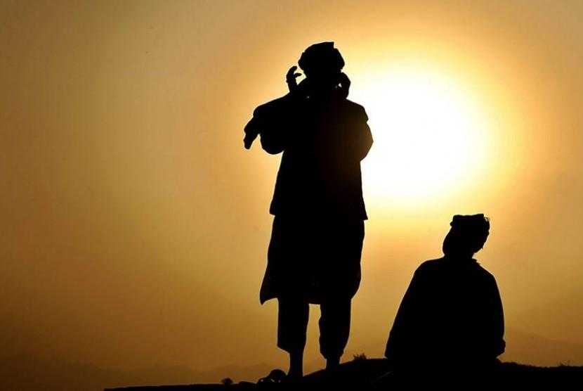 Nasihat Imam Al Ghazali dalam Bergaul
