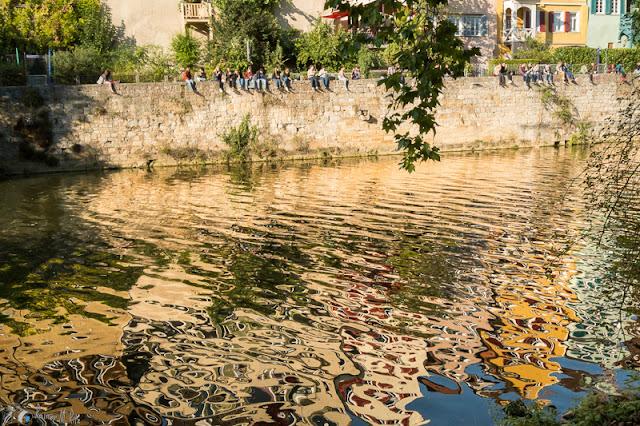 Reflexionen an der Ufermauer