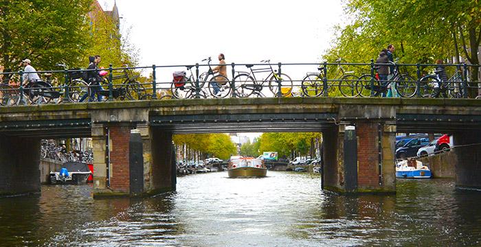 Amsterdam-cómo-llegar-al-aeropuerto