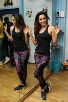 Kiara Advani Black Tank Top Tight leggings Tu Cheez Badi Hai Mast Mast~  Exclusive 38.JPG
