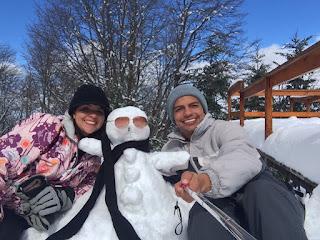 Boneco de neve no parque Piedras Blancas em Bariloche