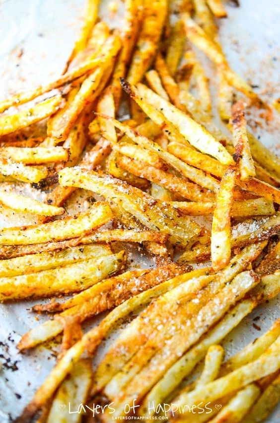 When it comes to French fries, the single most important thing is the crispiness factor.  We all know what typically makes the fries so crispy is the fact that they take a nice long, deep swim in a huge vat of oil.  However, I am not a fan of that method.  Why?  Because….