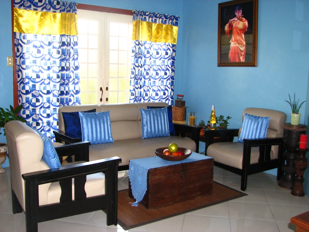 Help Me Accessorize My Living Room Traditional Sofas Furniture Im Loving Rachael Ray Evolution Of After Reading A Lot Design Magazines I Opted For More Bold Color Choice As Painted The Blue Also Get Tired Japanese Sofa And Bought