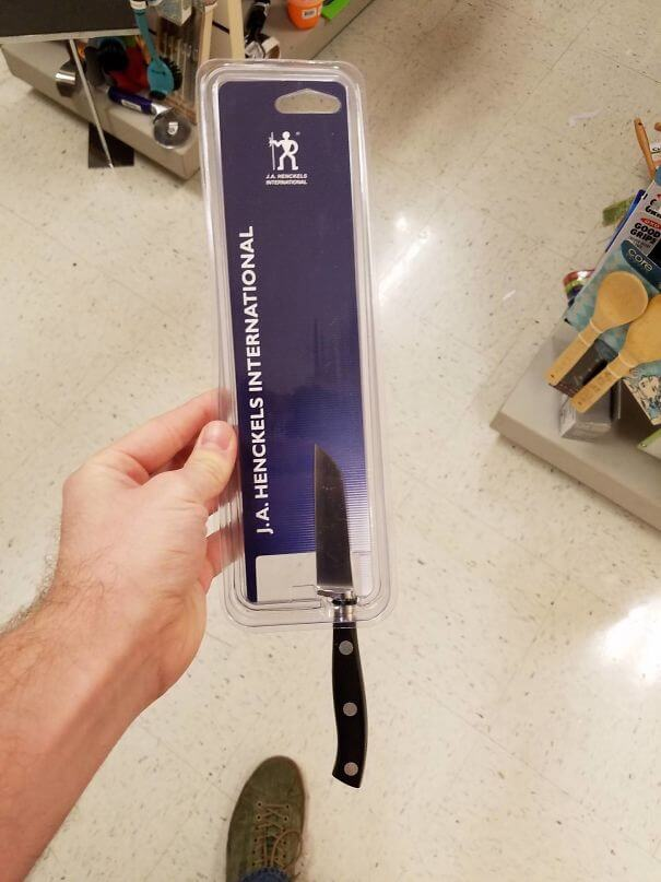 18 Times Product Packaging Contributed To The Great Global Waste Problem Of Our Times - This Knife Is Far Too Small For The Packaging