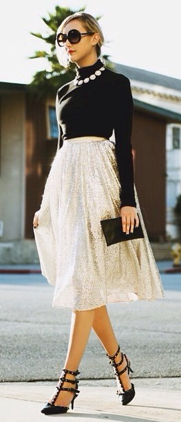 beautiful outfit idea: black top + bag + glitter skirt + heels