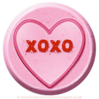 XOXO text on Love Heart sweet free image for texting