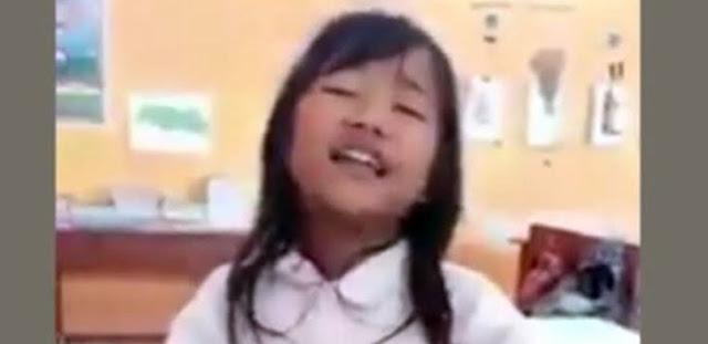 Viral, Suara Bocah SD Ini Disebut 'The Next Rita Sugiarto', Ada Videonya