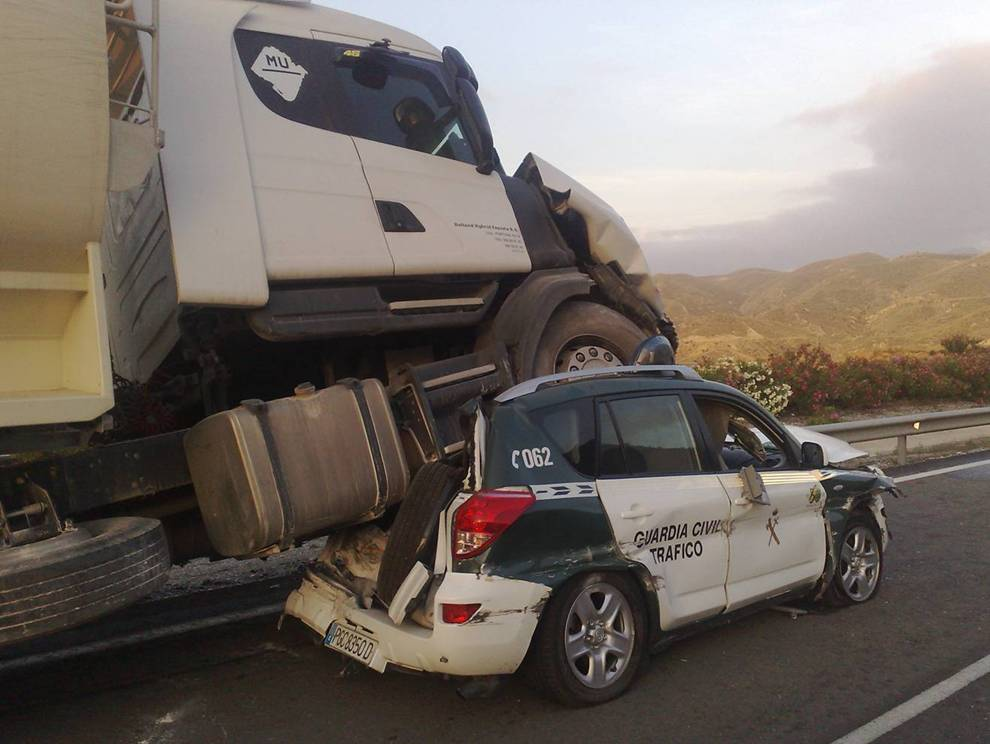 accidente, camión,Guardia Civil