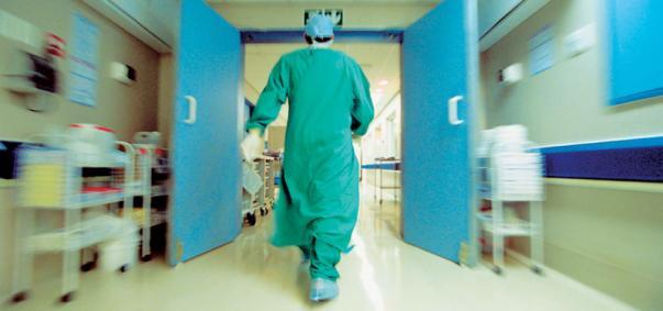 Πόλος έλξης η Αγγλία για τους Έλληνες γιατρούς