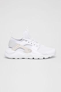 Adidasi dama orignali ieftini firma Nike