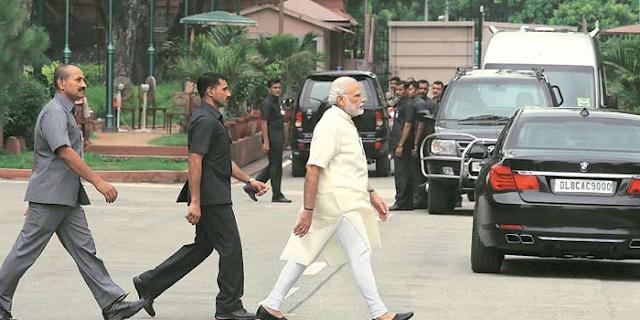 प्रधानमंत्री जी, ये आंकड़े मेल क्यों नहीं खाते ?   EDITORIAL by Rakesh Dubey