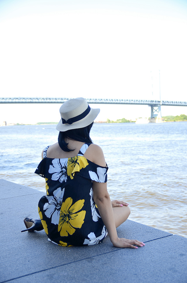 Wearing: Dress/Vestido: SheIn Shoes/Zapatos: Dolce Vita Hat/Sombrero: Macy's-Mari Estilo-mariestilotravels-Visit Philly