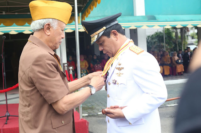 Gubernur Kalsel H Sahbirin Noor Raih Anugerah Bintang Legiun Veteran RI
