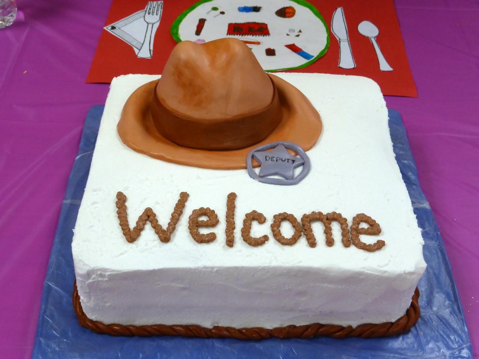 Making A Bandana Effect On Cake