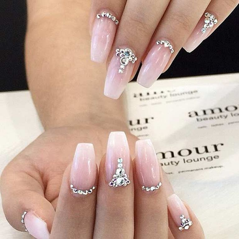 20 Elegant Nail Art Design Ideas For Your Wedding - Welmena