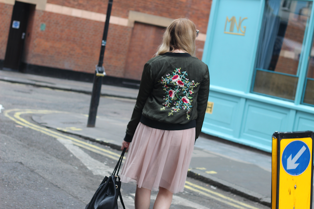 how to wear embroidered jacket fashion blog