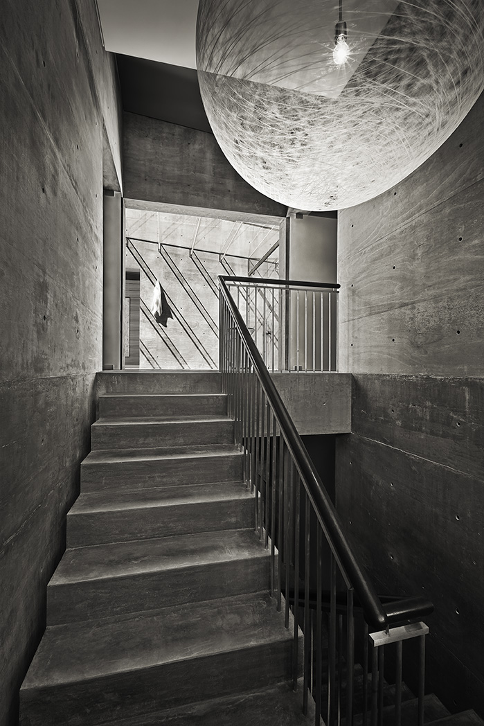 Stairs in Concrete House by Shubin + Donaldson Architects