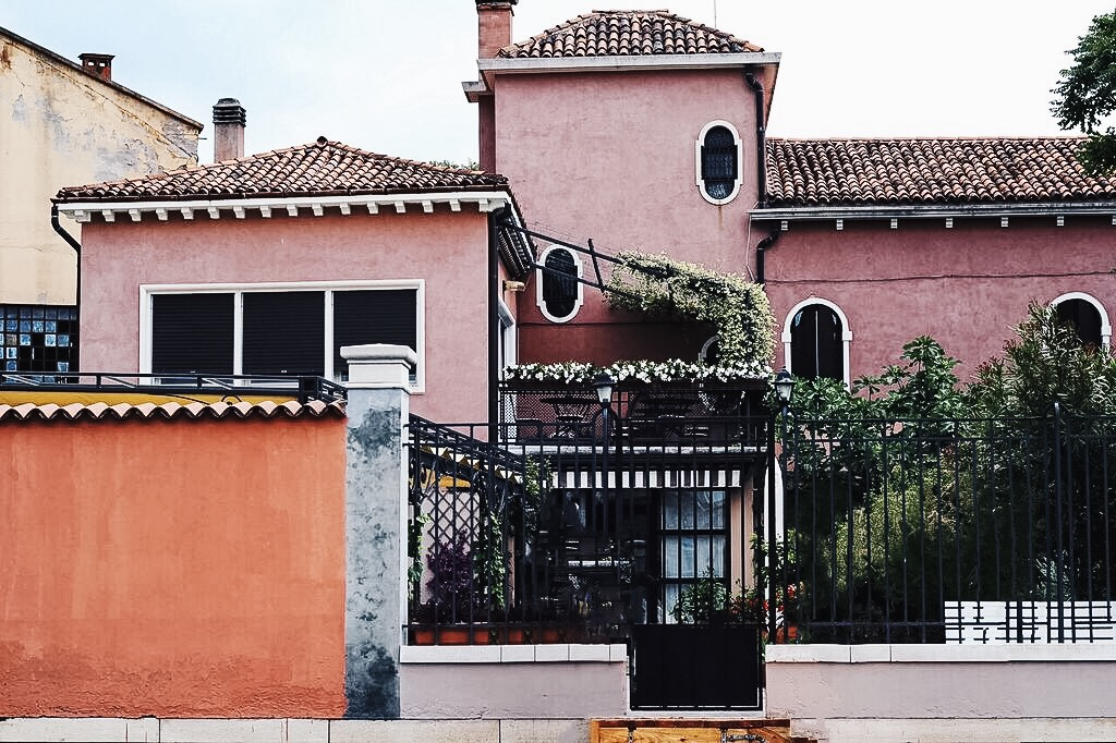 a review of villa lina in Murano