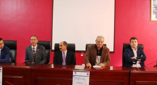 الجهوية 24 - جهابدة الصحافة و الإعلام بالجزيرة يؤطرون صحافيي المستقبل بأكادير.