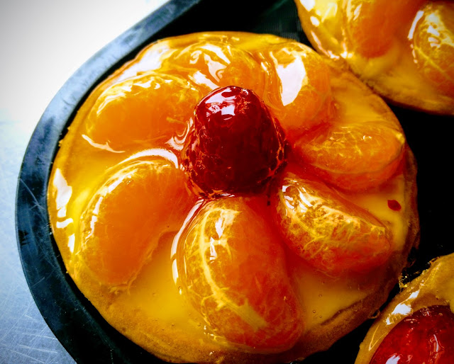 mandarin fruit tart, colourful, fresh fruits