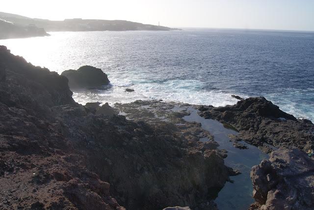 piscinas naturales del norte de Gran Canaria-charco de los cangrejos protegido del mar