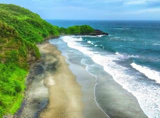 Pantai Sumarinis Kebumen