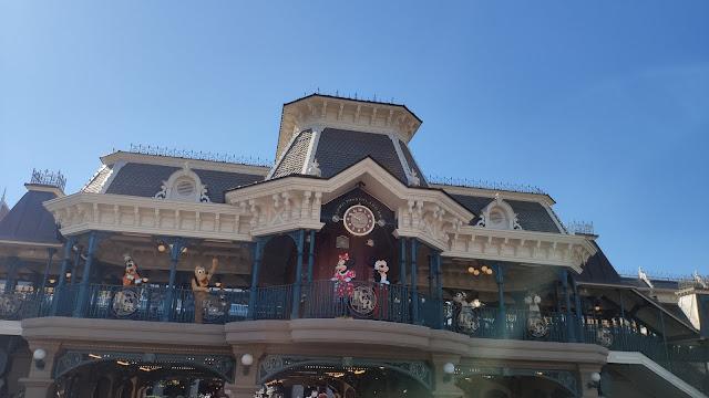 Disneyland Paris Reopening July 15 timeformagic station character greeting