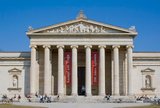 https://en.wikipedia.org/wiki/Classical_architecture